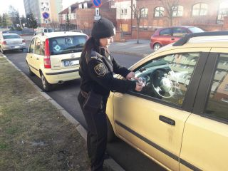 Rozsądne parkowanie. Wspólna kontrola Policji i Straży Miejskiej w Katowicach